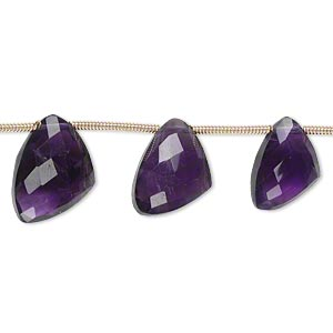 bead, amethyst (natural), dark, 12x9x9mm-15x12x12mm graduated hand-cut top-drilled faceted irregular triangle, b+ grade, mohs hardness 7. sold per pkg of 6 beads.