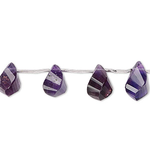 bead, amethyst (natural), dark, 9x6mm-14x10mm graduated hand-cut faceted teardrop, b grade, mohs hardness 7. sold per pkg of 15 beads.