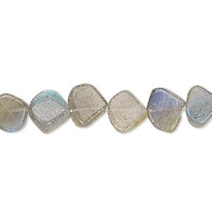 bead, labradorite (natural), 7-9mm hand-cut flat teardrop, b- grade, mohs hardness 6 to 6-1/2. sold per 13-inch strand.