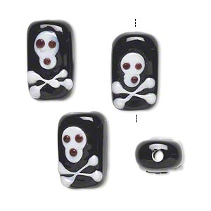 bead, lampworked glass, black and white, 16x10mm double-sided rectangle with skull and crossbones. sold per pkg of 4.