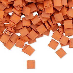 bead, tila, glass, opaque satin matte dark orange, (tl2315), 5mm square with (2) 0.8mm holes. sold per 10-gram pkg.