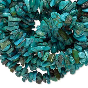 bead, turquoise (dyed / stabilized), blue, medium chip, mohs hardness 5 to 6. sold per 34-inch strand.