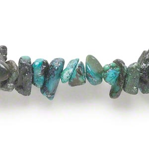 bead, turquoise (dyed / stabilized), medium chip, mohs hardness 5 to 6. sold per 16-inch strand.