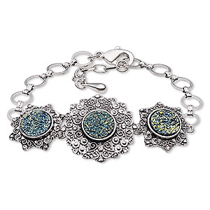bracelet, druzy (imitation) / glass rhinestone / antique silver-plated brass / steel / pewter (zinc-based alloy), green and clear, 27mm wide with round, 7 inches with 1-inch extender chain and lobster claw clasp. sold individually.
