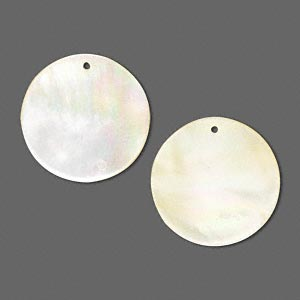 drop, gold lip shell (natural), 20mm flat round, mohs hardness 3-1/2. sold per pkg of 2.