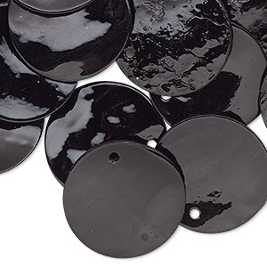 drop, mussel shell (dyed / coated), black, 20mm flat round. sold per pkg of 25.