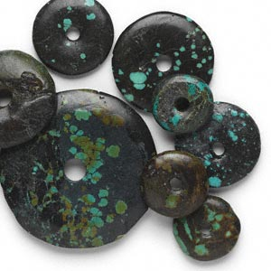 focal mix, turquoise (dyed / stabilized), blue, 19-76mm round donut, d grade, mohs hardness 5 to 6. sold per pkg of 10.