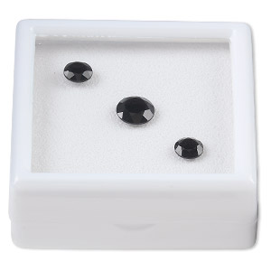 gem, black onyx (dyed), (2) 6mm and (1) 8mm faceted round, a grade, mohs hardness 6-1/2 to 7. sold per 3-piece set.