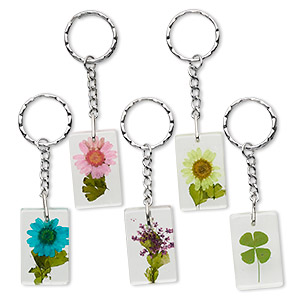 key ring mix, resin and silver-plated steel, approximately 38x24x10mm rectangle with natural flowers. sold per pkg of 5.