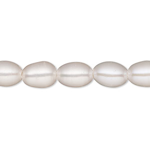 pearl, white lotus™, cultured freshwater (bleached), white, 7-8mm rice with 1.7mm hole, c grade, mohs hardness 2-1/2 to 4. sold per 16-inch strand.