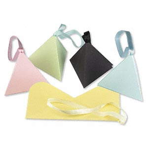 pouch, paper, assorted colors, 2-1/2 x 2-1/2 x 2-1/2 inch pop-up pyramid box. sold per pkg of 10.