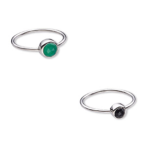 ring, black onyx / green onyx (dyed) / sterling silver, 6mm and 7mm wide, size 8. sold per 2-piece set.