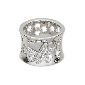 ring, swarovski crystals and imitation rhodium-plated pewter (zinc-based alloy), crystal clear, 16.5mm wide with 4-leaf clover and cutout design, size 8. sold individually.