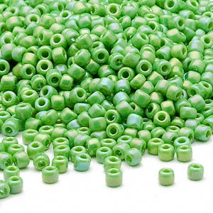 seed bead, dyna-mites™, glass, opaque rainbow lime, #8 round. sold per 40-gram pkg.