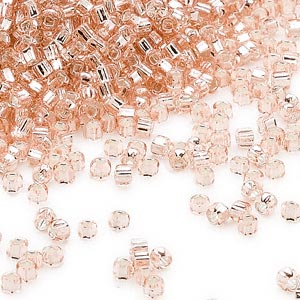 seed bead, dyna-mites™, glass, silver-lined translucent light pink, #11 round with square hole. sold per 40-gram pkg.