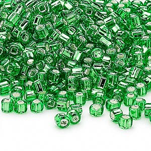 seed bead, dyna-mites™, glass, silver-lined translucent lime, #6 round with square hole. sold per 40-gram pkg.
