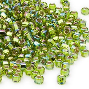 seed bead, dyna-mites™, glass, silver-lined translucent rainbow light green, #6 round with square hole. sold per 1/2 kilogram pkg.