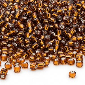 seed bead, dyna-mites™, glass, silver-lined translucent root beer, #8 round. sold per 1/2 kilogram pkg.