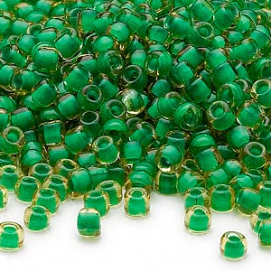 seed bead, dyna-mites™, glass, translucent inside color lime, #6 round. sold per 40-gram pkg.