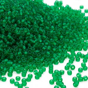 seed bead, dyna-mites™, glass, translucent matte emerald, #11 round. sold per 1/2 kilogram pkg.